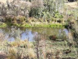 Sítio com 7 hectares próximo à divisa com Ituporanga
