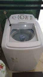 Máquina de lavar roupas Eletrolux