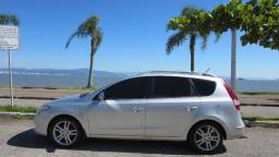 Hyundai i30 CW (wagon) Prata 2011