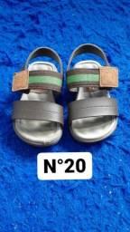 Lote de sandálias menino