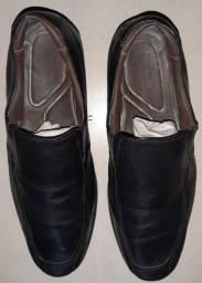 Sapato Democrata flex couro preto tamanho 41 estado de novo