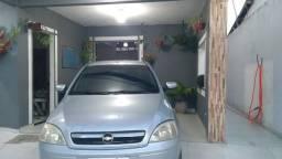 Corsa Sedan 1.0 - 2005/06 - *