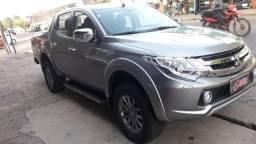 Triton hpes 2.4 2018/2019 4x4 diesel automático. ligar no * jean - 2019