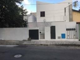 Casa na Aldeota com 4 quitinetes para investimento
