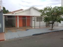 Casa em Jales no Bairro Jardim Oiti 3 quartos