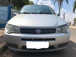Fiat - Palio 1.0 Cel. Econ. Italia F.flex 8V 4P - 2010 - Gasolina - 2010