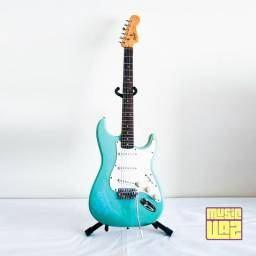 Guitarra Stratocaster Squier By Fender Bullet Series + Capa Simples