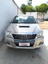 Toyota Hilux Srv 3.0 4x4 automática diesel - 2015