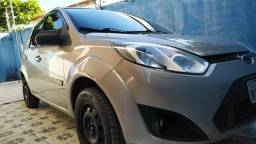 Ford Fiesta Sedan 2011 1.0 completo - 2011