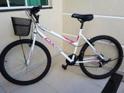 Vendo 2 bicicletas uma masculina uma feminina
