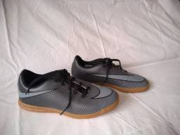 Chuteira Feminina - Nike - 36 - Futsal