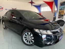 Honda Civic 1.8 - 2011 Automático