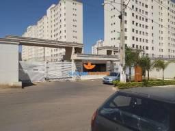 Sarom vende apartamento de 2 quartos em Valparaíso de goias