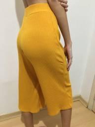 Pantacourt amarela