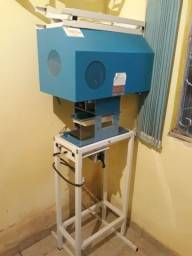 Fábrica de Sandálias Com Prensa e impressora