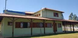 Linda casa em Alfredo Vasconcelos