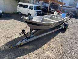 Barco de fibra com motor 15 Yamaha