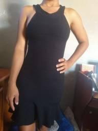 vendo 4 vestidos semi novos e novos