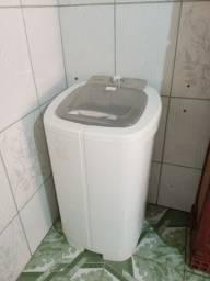 Vende-se uma máquina de lavar 10 kl