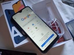 Samsung Galaxy A01,  32 GB com Acessorios