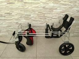 Cadeira de Rodas  Hug Pet - 4 rodas - p/ Cachorro 30 a 60 kg - Raças médias e grandes
