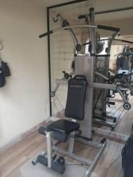Estação musculação hidráulica