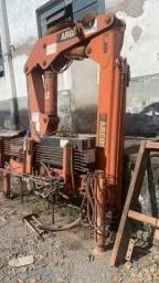 Munck Argos agi 12.5 ano 2011 com ( inclinometro e patolas hidraulicas)