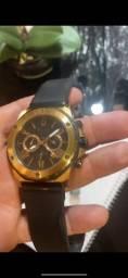 Título do anúncio: Relógio bulova original com caixa - troca em Apple Watch