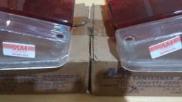 Par de lentes acrílicas, das lanternas traseiras da Chevy 500 ou Marajó