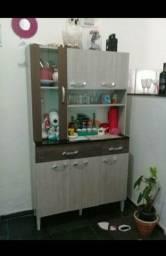 Armário de cozinha em MDF usado apenas 5 meses poucas marcas de uso aceito cartão