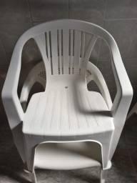 Cadeira de plástico com Apoio