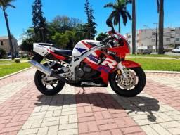 Moto CBR 900 RR Fire Blade