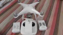 Drone Phantom 4...