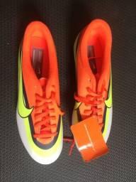 Chuteira Nike cr7 mercurial n 40