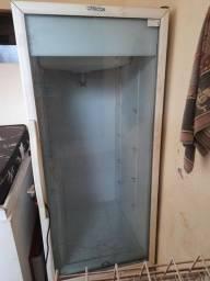 Conservadora/Refrigerador Fricon 493Lts. 220v<br>Várias prateleiras<br>Ribeirão Preto