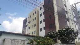 Apartamento de 02 quartos, no bairro Jardim Paulistano, em Campina Grande.