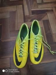 Chuteira Mercurial Nike 43