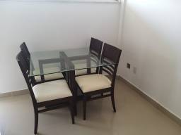 vendo mesa de vidro de sala de 4 lugares