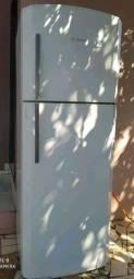 Vendo geladeira Bosch