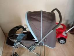 Vendo carrinho+ bebê conforto valor 300.00