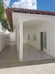 Excelente casa no Jardim Vitória - 20mx20m - para residência/comércio/clínica
