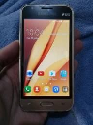 Samsung J1 Mini com carregador