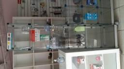 Expositor de vidro vertical