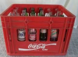 Caixa de refrigerante medio com engradado