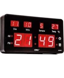 Relógio de Parede Led Digital LE-2115 Lelong Temperatura Calendário Alarme<br><br>
