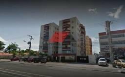 CÓD: 076 Apartamento com 01 suíte mais 02 quartos + DCE, 02 vagas de garagem