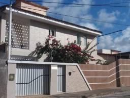 Casa Barro Vermelho, 2 suites, Escritório, Excelente
