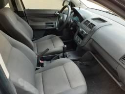 Vendo ou troco carro polo sedan - 2007