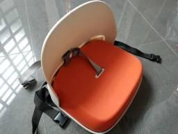 Assento de elevação com encosto infantil OXO Tot