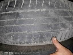 Vendo par de pneu 17